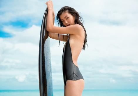 НА ВОЛНЕ: модные купальники в спортивном стиле | галерея [1] фото [10]