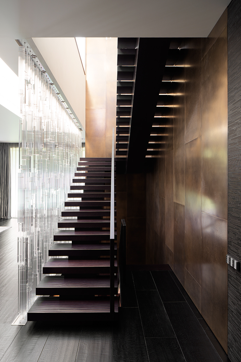 Как оборудовать лестницу: 20 идей (галерея 0, фото 1)