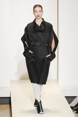 Показ Nicole Farhi коллекции сезона Осень-зима 2011-2012 года prêt-à-porter - www.elle.ru - Подиум - фото 240642