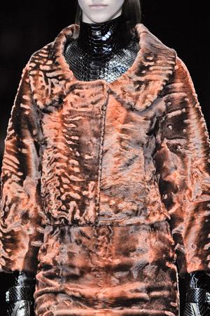 Показ Gucci коллекции сезона Осень-зима 2013-2014 года prêt-à-porter - www.elle.ru - Подиум - фото 515607