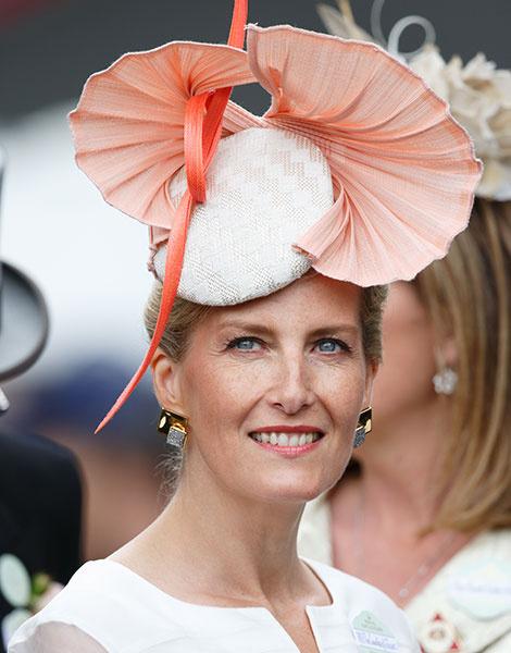 Королевские скачки в Аскоте: парад шляп | галерея [1] фото [6]