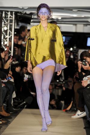 Показ Maurizio Galante коллекции сезона Весна-лето 2011 года Haute couture - www.elle.ru - Подиум - фото 216017