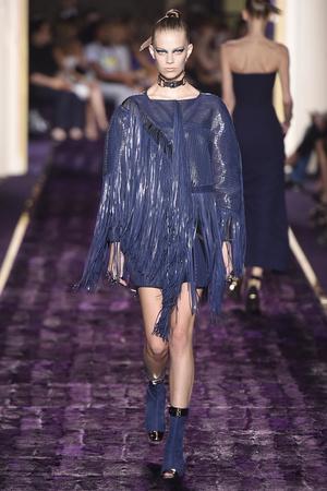 Показы мод Atelier Versace Осень-зима 2014-2015 | Подиум на ELLE - Подиум - фото 4038