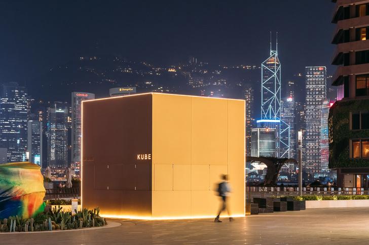 Павильон-куб от OMA перед торговым центром в Гонконге (фото 13)