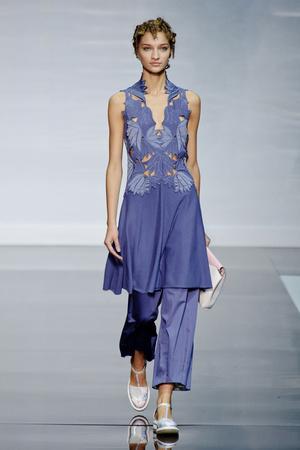 Показы мод Emporio Armani Весна-лето 2014 | Подиум на ELLE - Подиум - фото 3609