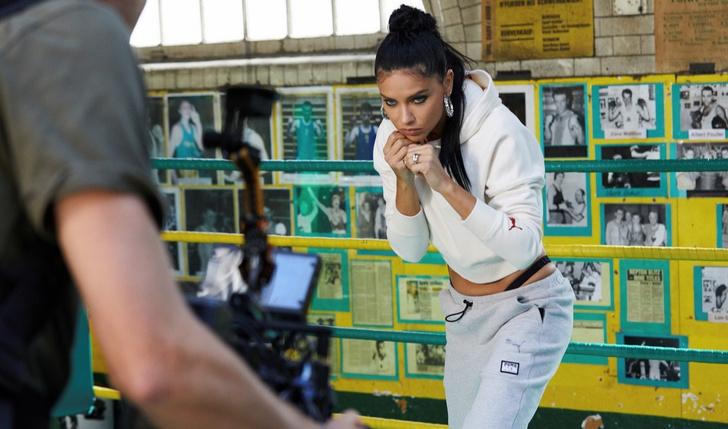 На спорте: Адриана Лима показала идеальный пресс в совместной кампании  Puma (фото 2)
