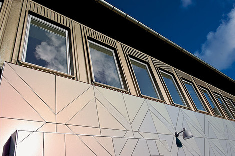 Дом-хамелеон: фасадные панели Rockpanel серии Chameleon | галерея [1] фото [1]