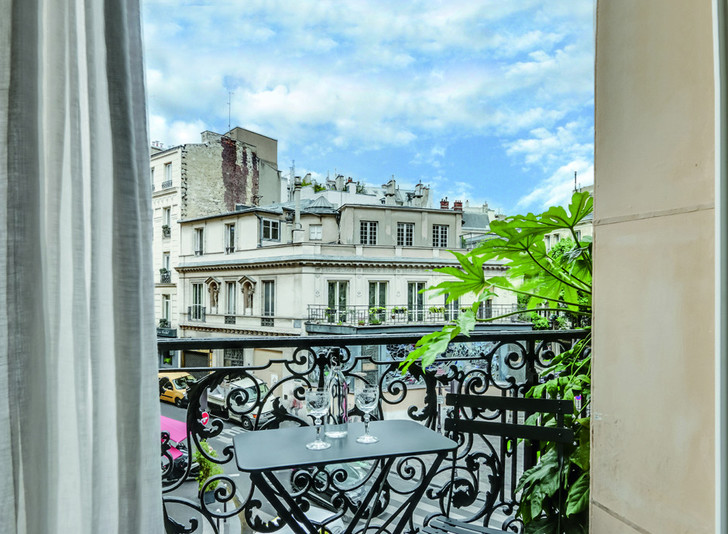 Отель Le Grand Pigalle