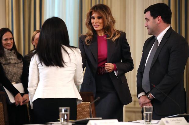 Мелания Трамп на официальном мероприятии в Белом доме (фото 2)