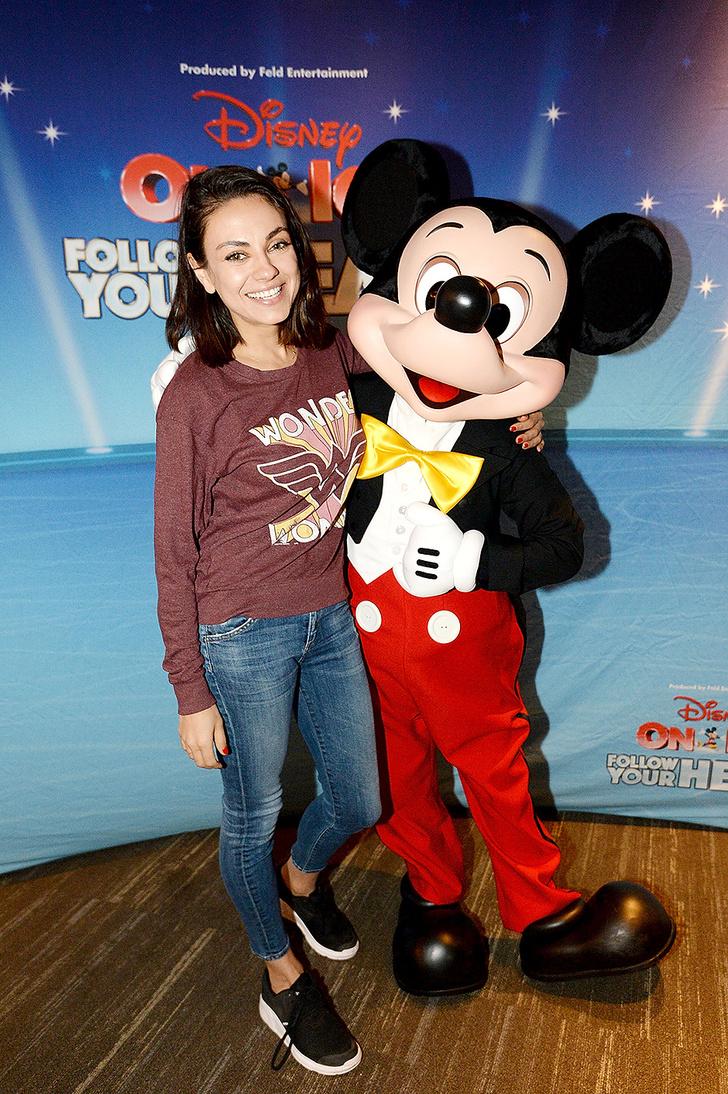 Мила Кунис, Кристина Агилера и другие звезды на ледовом шоу Disney (фото 3)