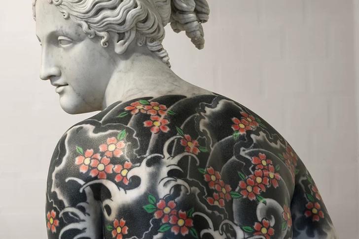 Художник Фабио Виале наносит татуировки на мраморные скульптуры (фото 5)