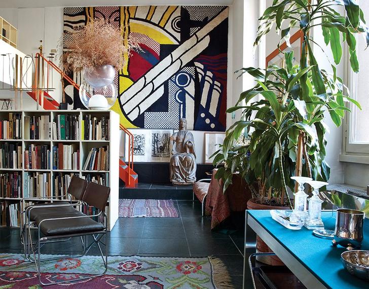Elegant Milan Home of Designer Gae Aulenti (фото 0)