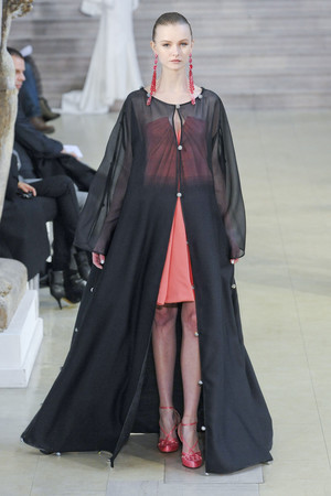 Показ Alexis Mabille коллекции сезона Весна-лето 2011 года Haute couture - www.elle.ru - Подиум - фото 214836