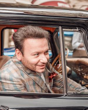 Звездные водители раритетных автомобилей на ГУМ-Авторалли (фото 5.2)