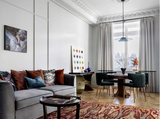 Интерьер с обложки: квартира в московской высотке 71 м² (фото 0)