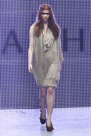 Показы мод Jena. Theo Осень-зима 2011-2012 | Подиум на ELLE - Подиум - фото 2308