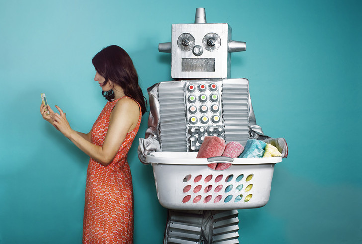 Железный человек: колумнист ELLE о том, как жить в мире, которым правят роботы фото [3]