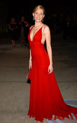 Eco-ELLE: платье Элизабет Бэнкс из 2004 года на «Оскаре-2020» (фото 1.1)