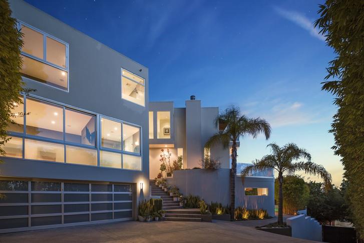 Гарри Стайлс продает виллу в Лос-Анджелесе за 6,9 млн долларов (фото 9)