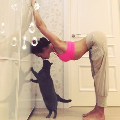 ВСТАЛА В ПОЗУ: 7 мотивирующих йога-аккаунтов   галерея [7] фото [1]