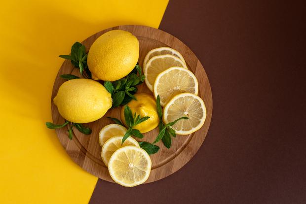 Защитные маски для лица с куркумой и соком лимона «по аюрведе» (фото 5)
