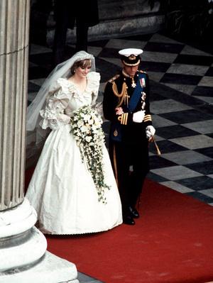 Идрис Эльба рассказал, под какую песню танцевали принц Гарри и Меган Маркл на своей свадьбе (фото 5.2)