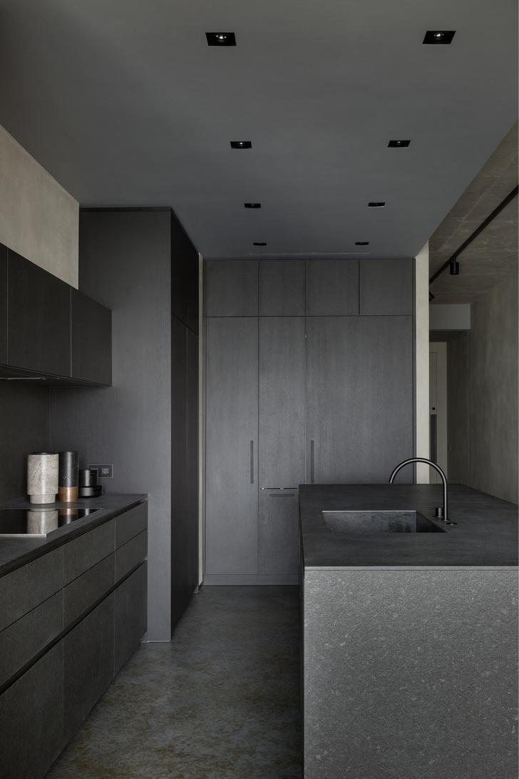 Брутальный интерьер квартиры в Москве (фото 6)