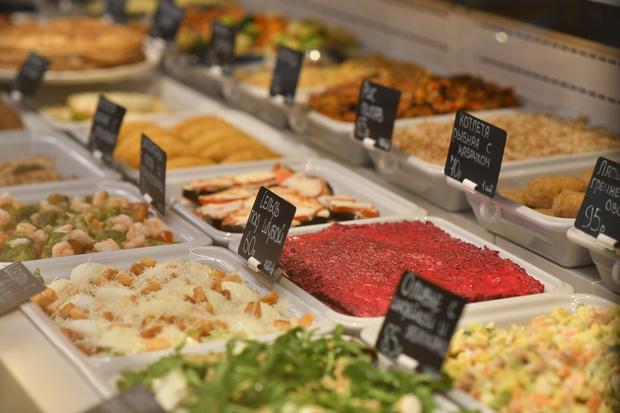 В центре Москвы открылась новая кондитерская-кулинария «Брусника» (фото 5)