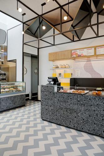 Кафе неополитанской уличной еды в Новаре (фото 2.2)
