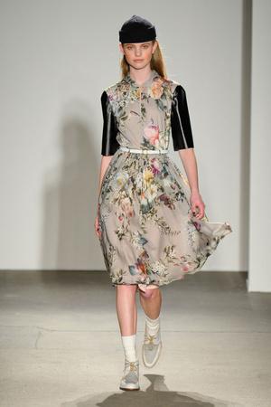 Показы мод Karen Walker Осень-зима 2011-2012 | Подиум на ELLE - Подиум - фото 2358