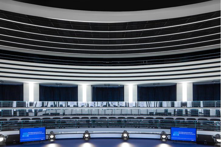 Зал заседаний Мособлдумы в стиле «Звездных войн» (фото 5)