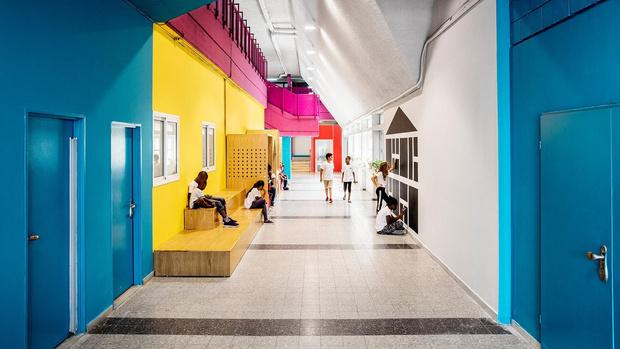 Яркая школа для детей-беженцев в Тель-Авиве (фото 4)