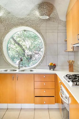 «Гнездо Кетцалькоатля» можно снять через Airbnb (фото 5.2)