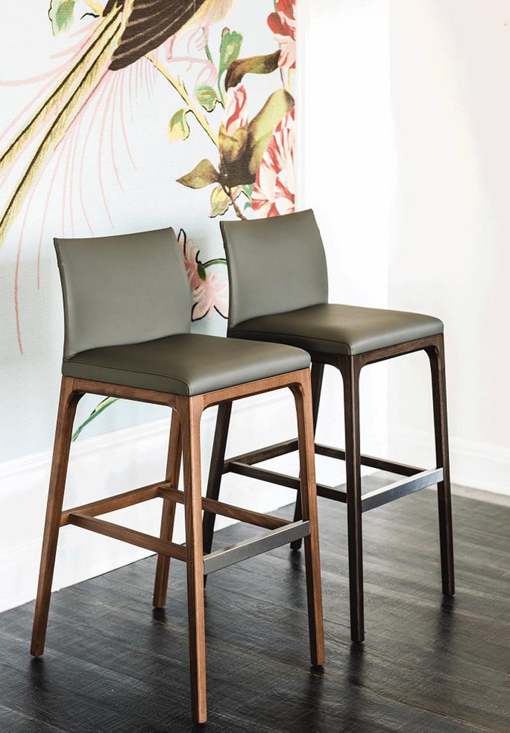 Топ-10: десять модных барных стульев для кухни