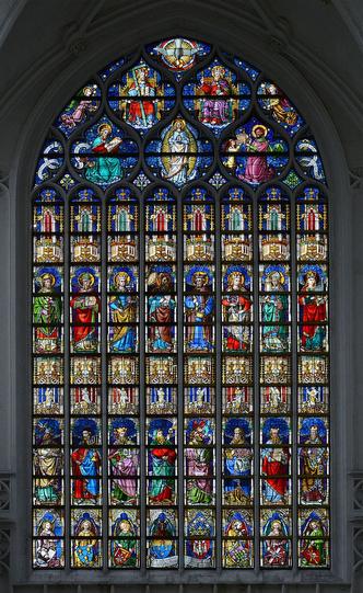 В главном кафедральном соборе Антверпена открылся бар (фото 2.2)