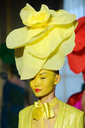 Показ Alexis Mabille коллекции сезона Весна-лето 2012 года Haute couture - www.elle.ru - Подиум - фото 330386