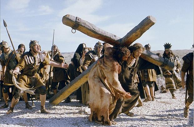 Джеймс Кэвизел, «Страсти Христовы»