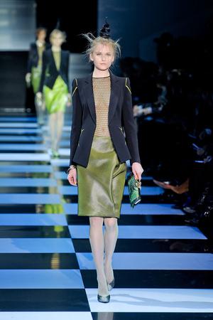 Показ Giorgio Armani Privé коллекции сезона Весна-лето 2012 года Haute couture - www.elle.ru - Подиум - фото 331474