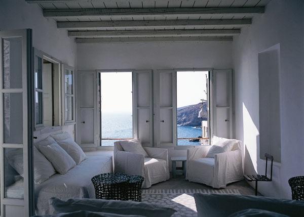 Планы на отпуск: где отдыхают известные декораторы? (фото 70)