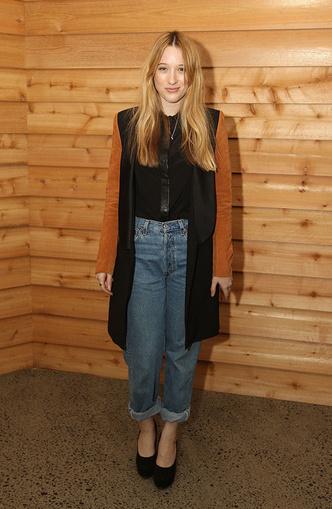 Back to 90s: 5 способов носить mom-джинсы (фото 25)