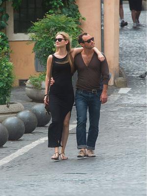 СМИ: Джуд Лоу хочет жениться на Филиппе Коан (фото 1.2)
