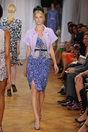 Показ Nina Ricci коллекции сезона Весна-лето 2012 года prêt-à-porter - www.elle.ru - Подиум - фото 306911