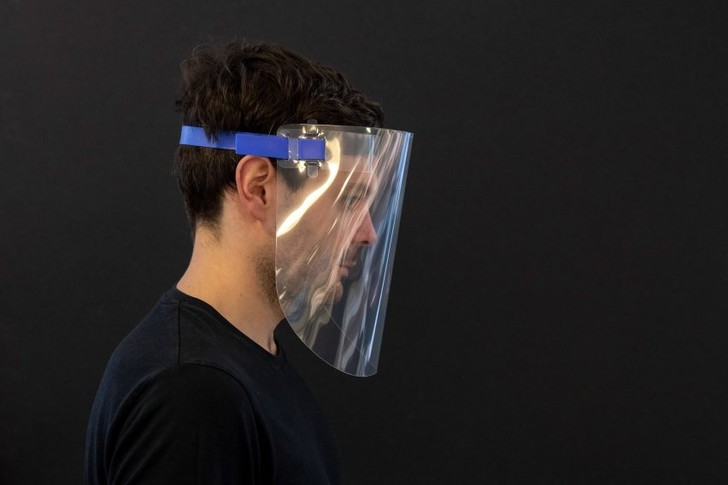 Дизайнеры против коронавируса: маски от Foster + Partners (фото 3)