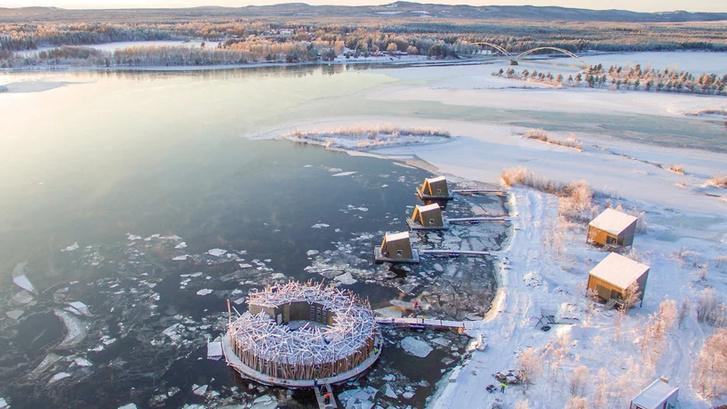 Arctic Bath: плавучий отель в Швеции (фото 0)