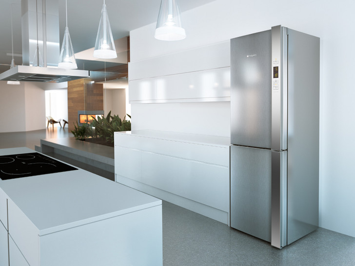Новый холодильник Hotpoint DAY1