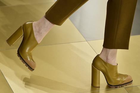 Новый минимализм: осенняя коллекция Jil Sander в деталях   галерея [5] фото [2]