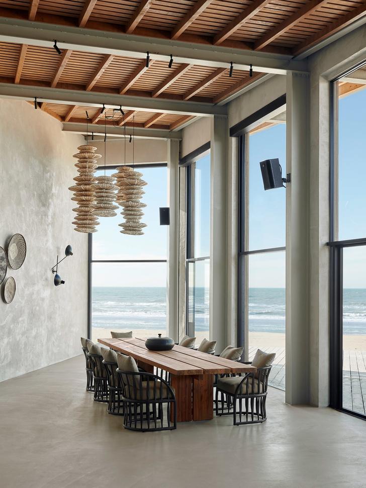 Уютный ресторан с видом на море (фото 18)