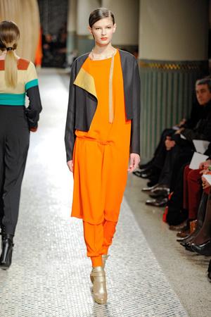Показы мод Hermes Осень-зима 2011-2012 | Подиум на ELLE - Подиум - фото 2133