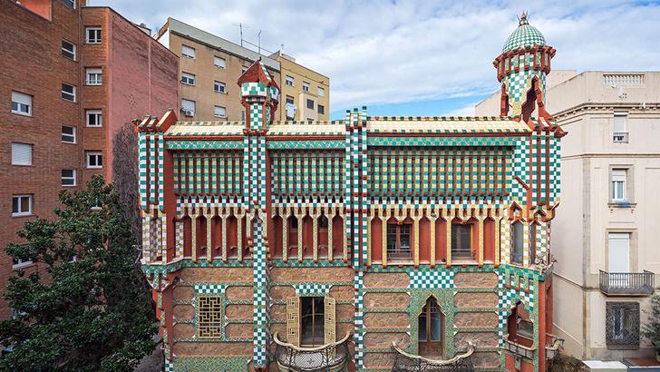 Первый дом спроектированный Гауди станет музеем