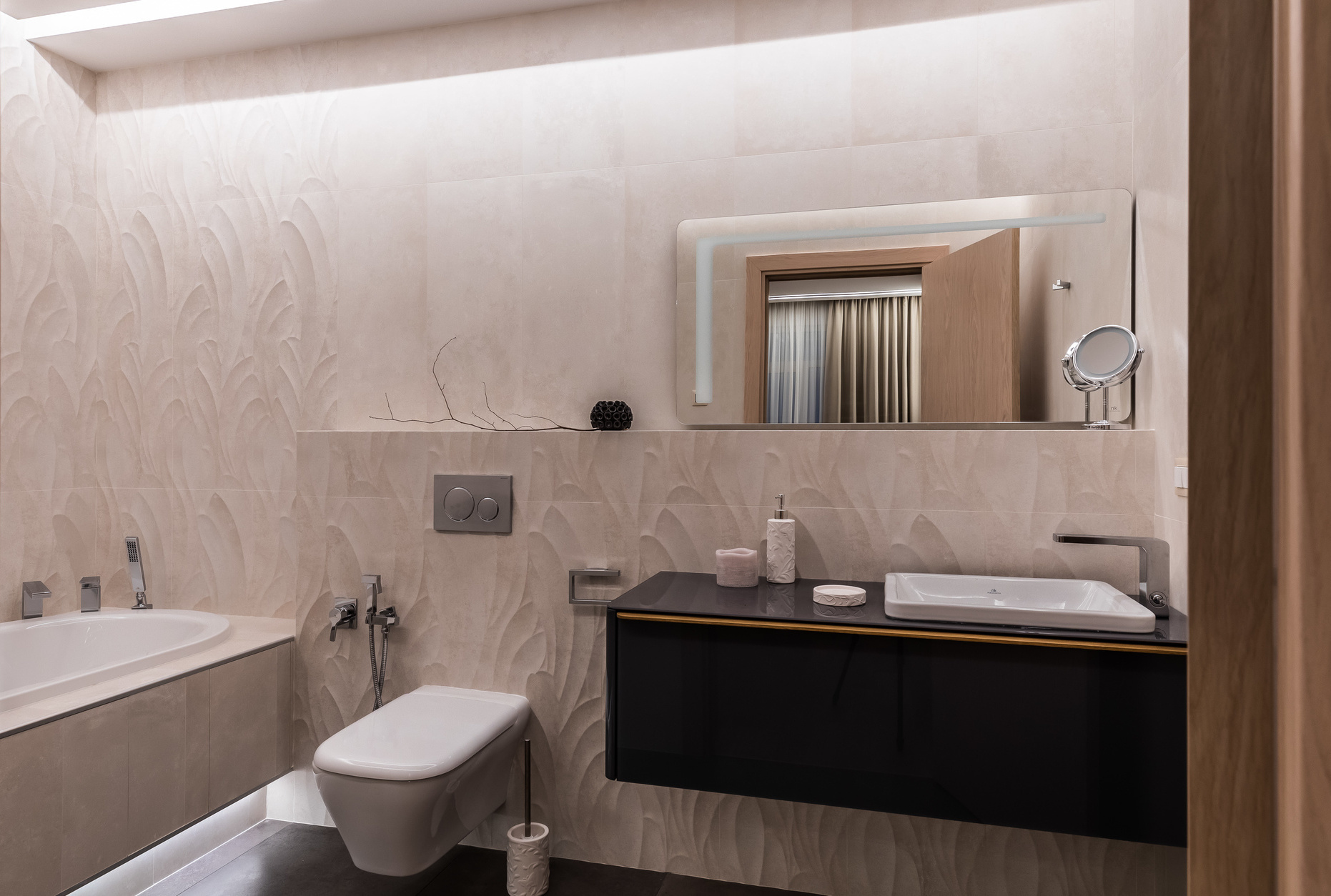 Розовая пудра: 12 ванных комнат в розовой гамме (галерея 0, фото 5)